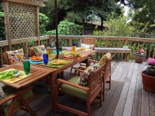 3305 - Chef's Dream Kitchen, Walk to Downtown, Pet OK - Pacific Grove vacation rentals