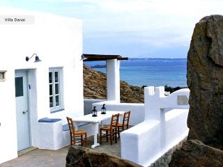Villa Danai-Peaceful traditional house,Naoussa - Paros vacation rentals