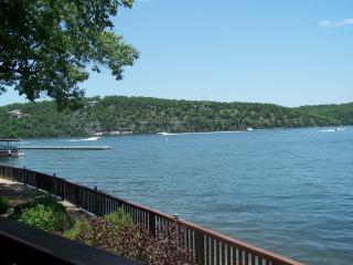 COZY CONDO - Lake of the Ozarks vacation rentals