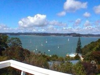 View across the bay - A Place in the Sun in Romantic Russell, We love it - Russell - rentals