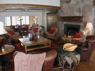 1500 The Chateau - 4 Bedroom Luxury Penthouse - Beaver Creek vacation rentals