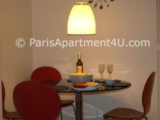Chic Marais Apartment - a 'Home Away From Home' - 3rd Arrondissement Temple vacation rentals