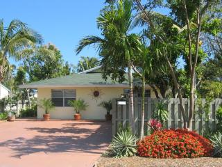 Book now for the best deal in Jan, Feb & March - 3 bedrooms - Fort Lauderdale vacation rentals