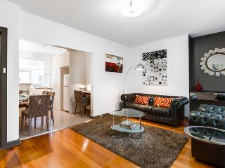 StayCentral quiet nr trams shops restaurants cafes - Brunswick vacation rentals