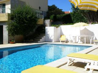 Garden Flat & pool - Cascais Centre (apartment) - Cascais vacation rentals
