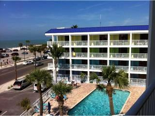 Studio right across the street from the beach $70 & Up. - Image 1 - Clearwater Beach - rentals