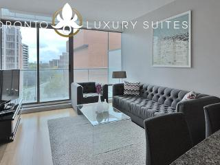 Noble Suite - Yorkville Luxury Exec Condo All Inclusive - Toronto vacation rentals