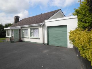 Gardenrath - 100yds Village  WIFI Children/Pets - County Wexford vacation rentals