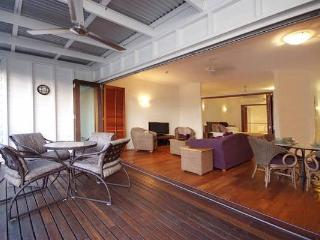 Port Douglas on Macrossan-Queensland Contemporary - Port Douglas vacation rentals