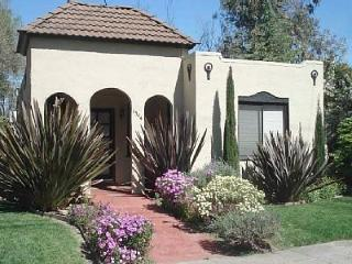 La Casita ~ Spanish Bungalow with Hot Tub! - California Wine Country vacation rentals
