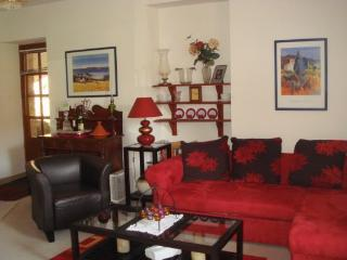 2 bedroom apartment with river views in dinan B007 - Brittany vacation rentals