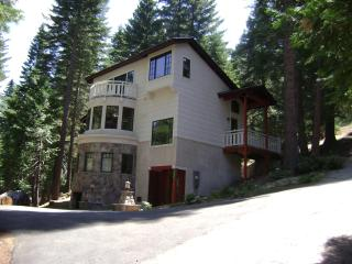 Lodging In Yosemite Park - Just Minutes to Valley! - Yosemite National Park vacation rentals
