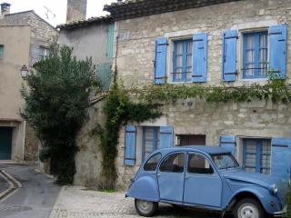 The Doll House - a perfect maison de village - Bouches-du-Rhone vacation rentals