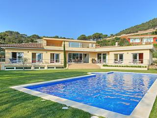 LUXURY Villa Sea Views BEGUR 5 ensuite bedrooms - Begur vacation rentals