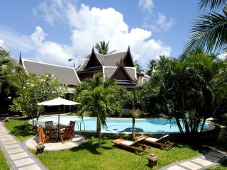 Villa with staff, 3 min walk to beach, cafes,shops - Bang Tao vacation rentals