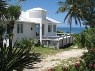 Seashell Cottage at Coco Bay , Green Turtle Cay - Green Turtle Cay vacation rentals