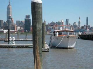 50's Original Chris Craft facing Manhattan Skyline - Weehawken vacation rentals