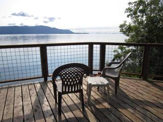 Lummi Island Beach Home for Family Get-togethers - San Juan Islands vacation rentals