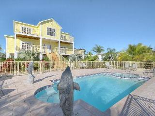 FALL OWNER'S SPECIAL, Fabulous Ocean Front Home !! - Marathon vacation rentals