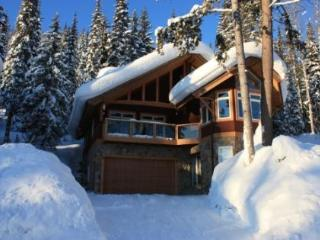 Grizzly Chalet - Kootenay Rockies vacation rentals
