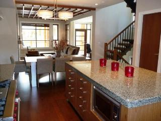 Deluxe 4 bedroom Whistler Townhome - British Columbia Mountains vacation rentals
