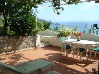 Villa Daniela - seaview, terrace, pool + parking - Campania vacation rentals