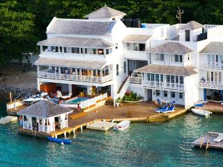 San Bar - Port Antonio vacation rentals