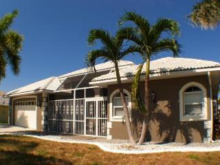 SPECIAL SUMMER RATE 140 PER NIGHT- CAPE HARBOUR - Cape Coral vacation rentals
