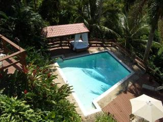 Hilltop mountain views 5 bed w/ pool in San Juan - San Juan vacation rentals