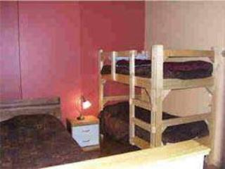 Loft Bedroom with 1 single bed and 1 bunk bed (single beds) - jurgen striegel - Panorama - rentals