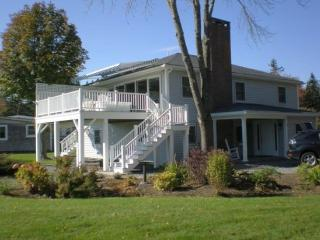 FROSTY GLENN | SOUTHPORT MAINE | OCEAN FRONT | SLEEPS 6 - Southport vacation rentals