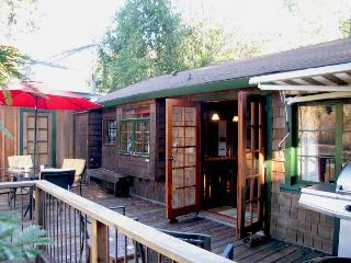 CABERNET COTTAGE - Russian River vacation rentals