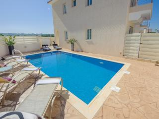 BOOK NOW for upto 30% off SEPT & OCT 2014 - Protaras vacation rentals
