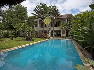 Pattaya - Baan Suan Far Sai 5BED - Ban Bueng vacation rentals