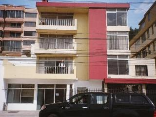 Quito Vacation Rental El Batan - Quito vacation rentals