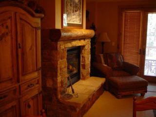 3061 The Timbers 2 bd, 3 bth Ski in Ski Out, 5 STAR LUXURY - Keystone vacation rentals
