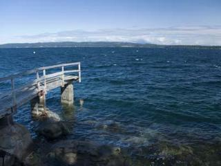 Fantastic 3 Bedroom Ocean Front Retreat on Vancouver Island near Yellow Point - Nanaimo vacation rentals