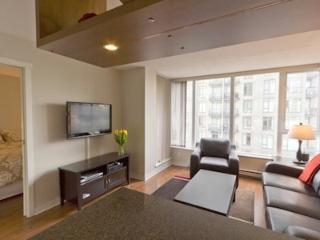 Downtown Vancouver 1 Bedroom Yaletown Condo Minutes from Rogers Arena - Vancouver Coast vacation rentals