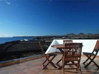 The ocean our neighbour! - Lanzarote vacation rentals
