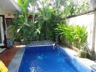 Bob's Bali House walking distance to beach - Seminyak vacation rentals