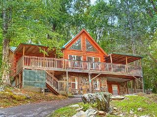 #1 NATURE'S HAVEN LOG CABIN,20% OFF RATES!! - Gatlinburg vacation rentals