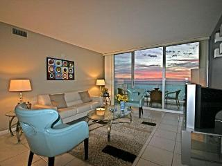 SWEEPING 2 Bedroom OCEANFRONT MIAMI VACATION - Miami Beach vacation rentals