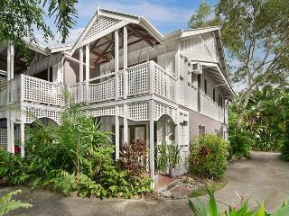 6 Full Moon Beach House: A tropical home for all! - Port Douglas vacation rentals