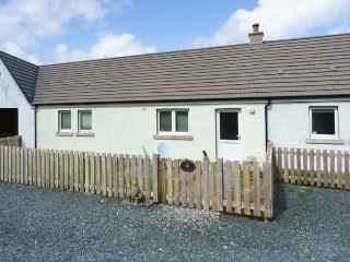STARFISH COTTAGE, pet friendly, luxury holiday cottage, with open fire in Salen, Ref 4461 - The Hebrides vacation rentals