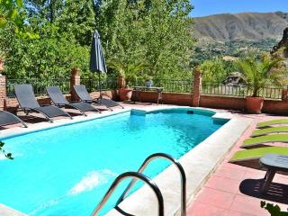 Villa 10 min to Alhambra and 30 min to ski resort. - Granada vacation rentals