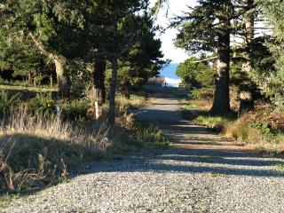 Steps to Best Beach,No Stairs!,Couples,Sept.12-22! - Oregon Coast vacation rentals