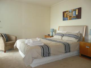 Family Friendly 3 Bedroom Apartment Melbourne - Victoria vacation rentals