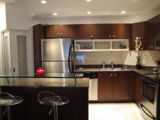 ~ Adults Only Harbourfront Luxury Condo w/Pool! ~ - Ontario vacation rentals