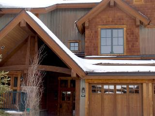 Luxury Ski in 2/2 in the heart of Breckenridge - Breckenridge vacation rentals