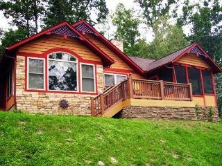 Sunset View / Romantic getaway in Smoky Mountains - Pigeon Forge vacation rentals